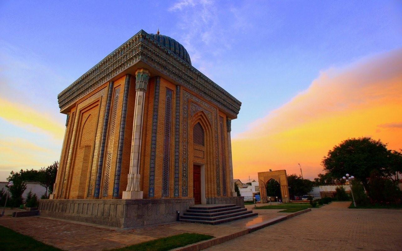 Abu Mansur Mosque Samarkand Uzbekistan - Himalayan Travels